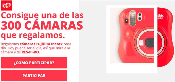 Kitkat regala 300 cámaras instantáneas